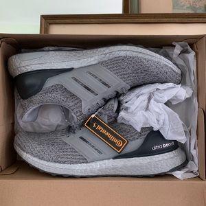 Adidas Ultra Boost heather grey paint